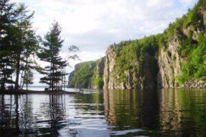 ۱۰ کمپ تفریحی در اطراف تورنتو که دریاچه هم دارند